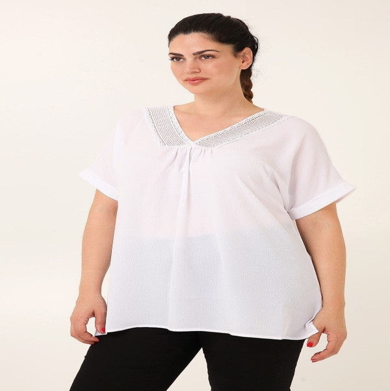 Μπλούζα κρεπ με crochet στο V