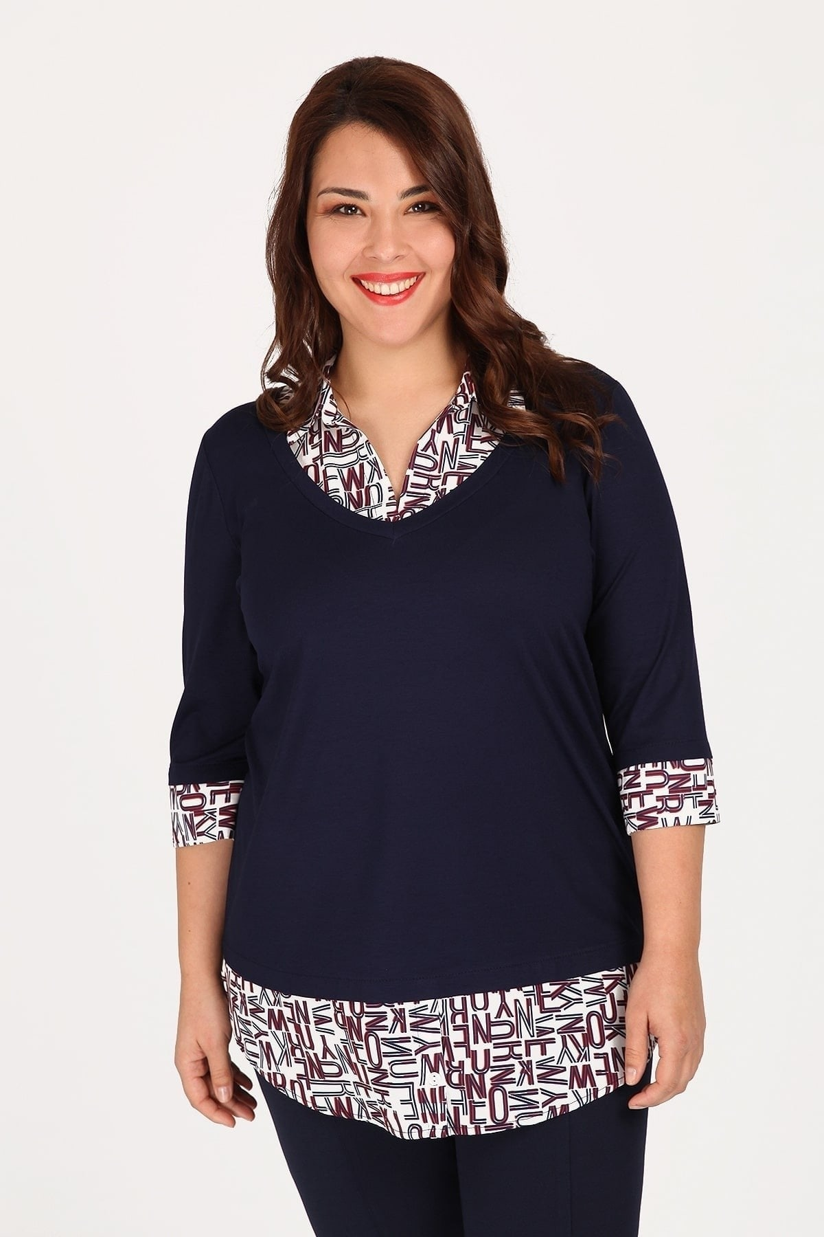 Blouse with shirt details