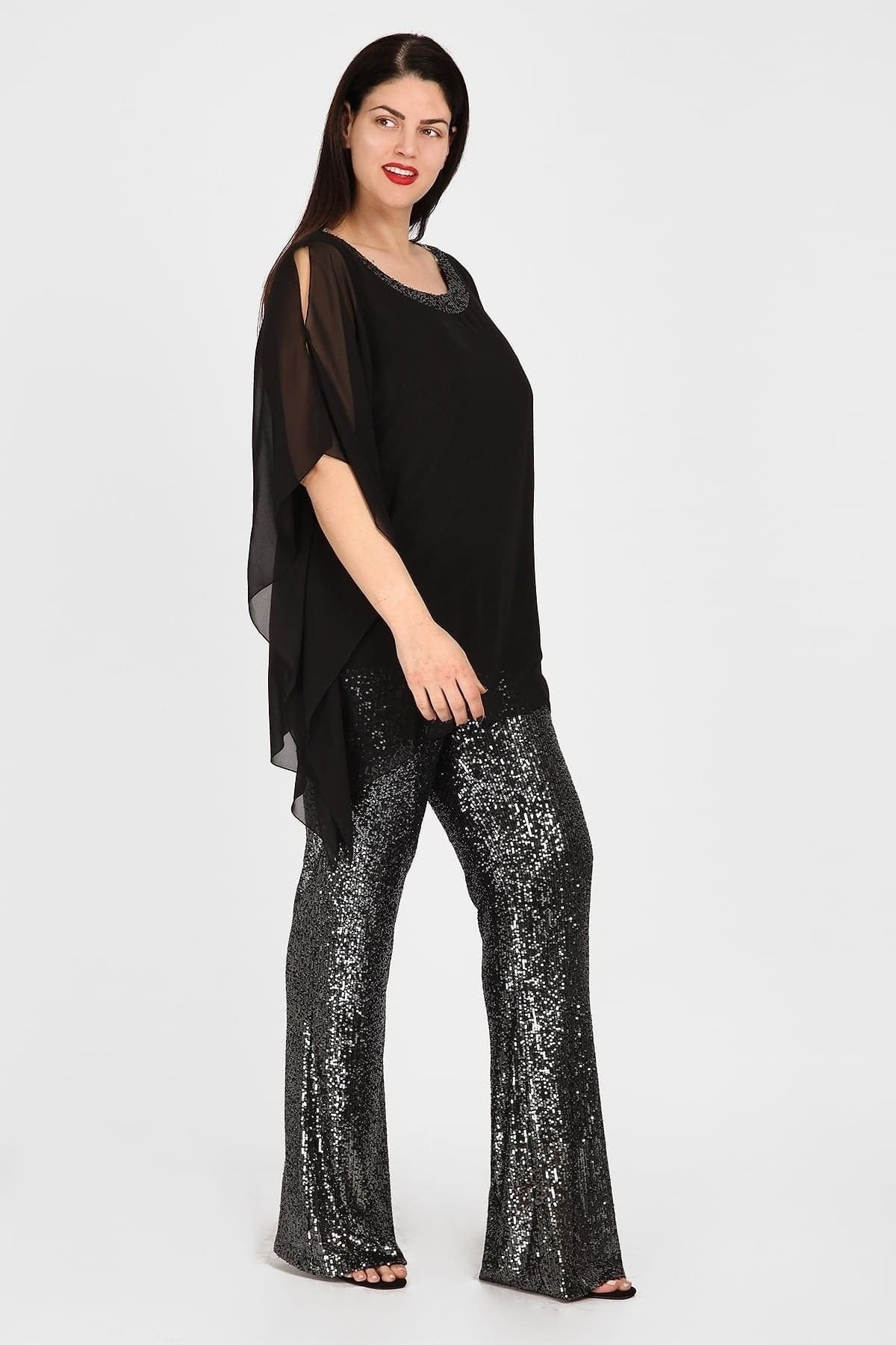 Set formal blouse and trousers with sequins