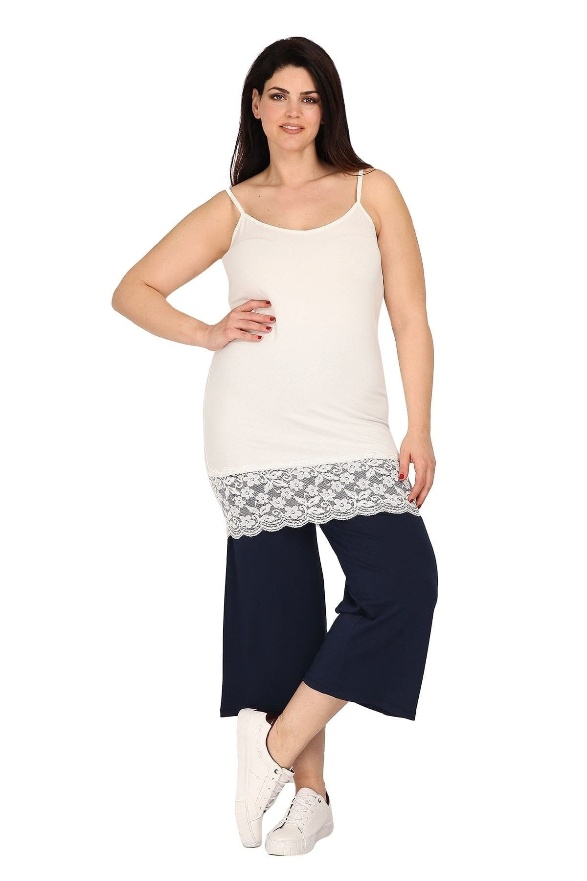 Longline slip top with lace