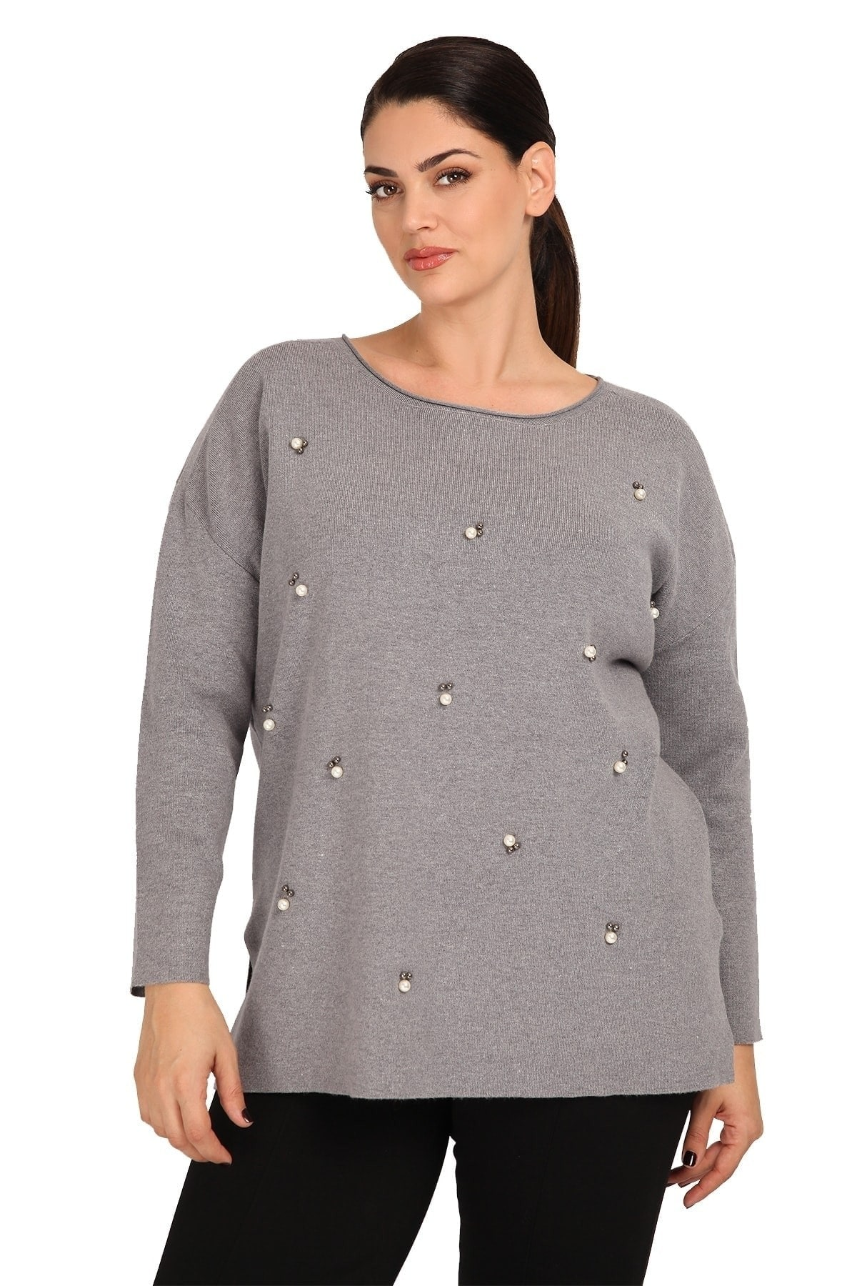Knit blouse with pearls