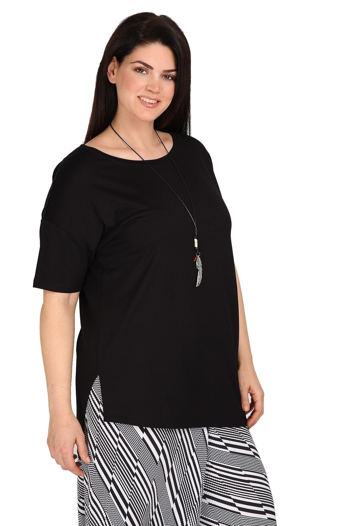 Asymetrical shirt with