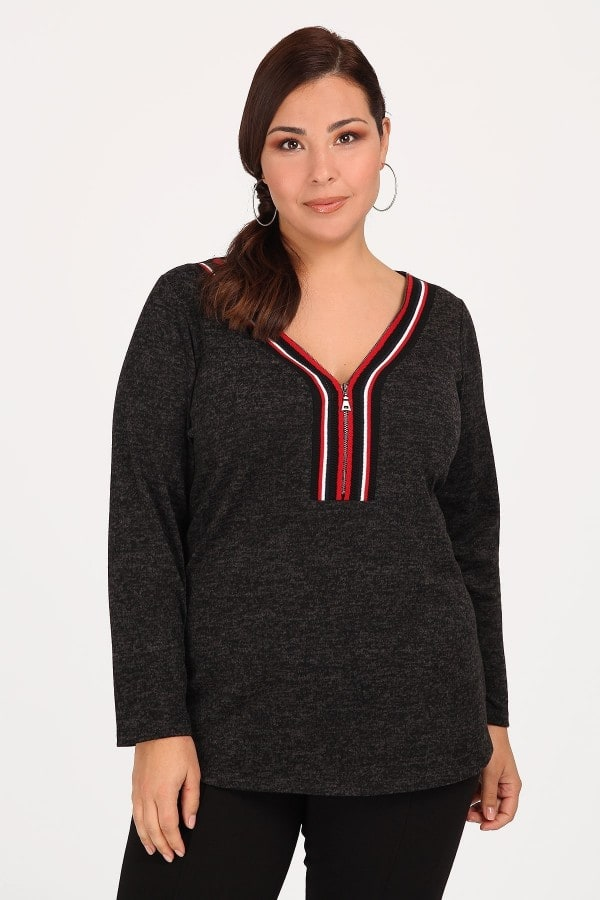 Colourblock blouse with zip on the neckline