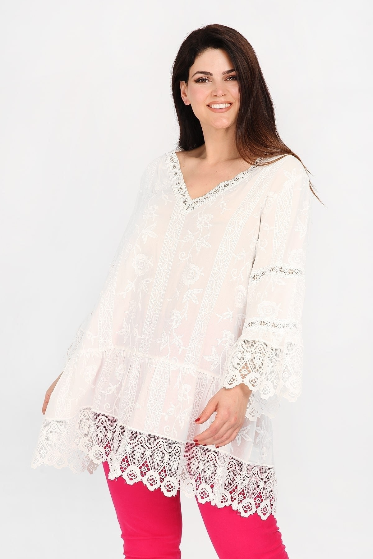 Tunic with embroidery and lace
