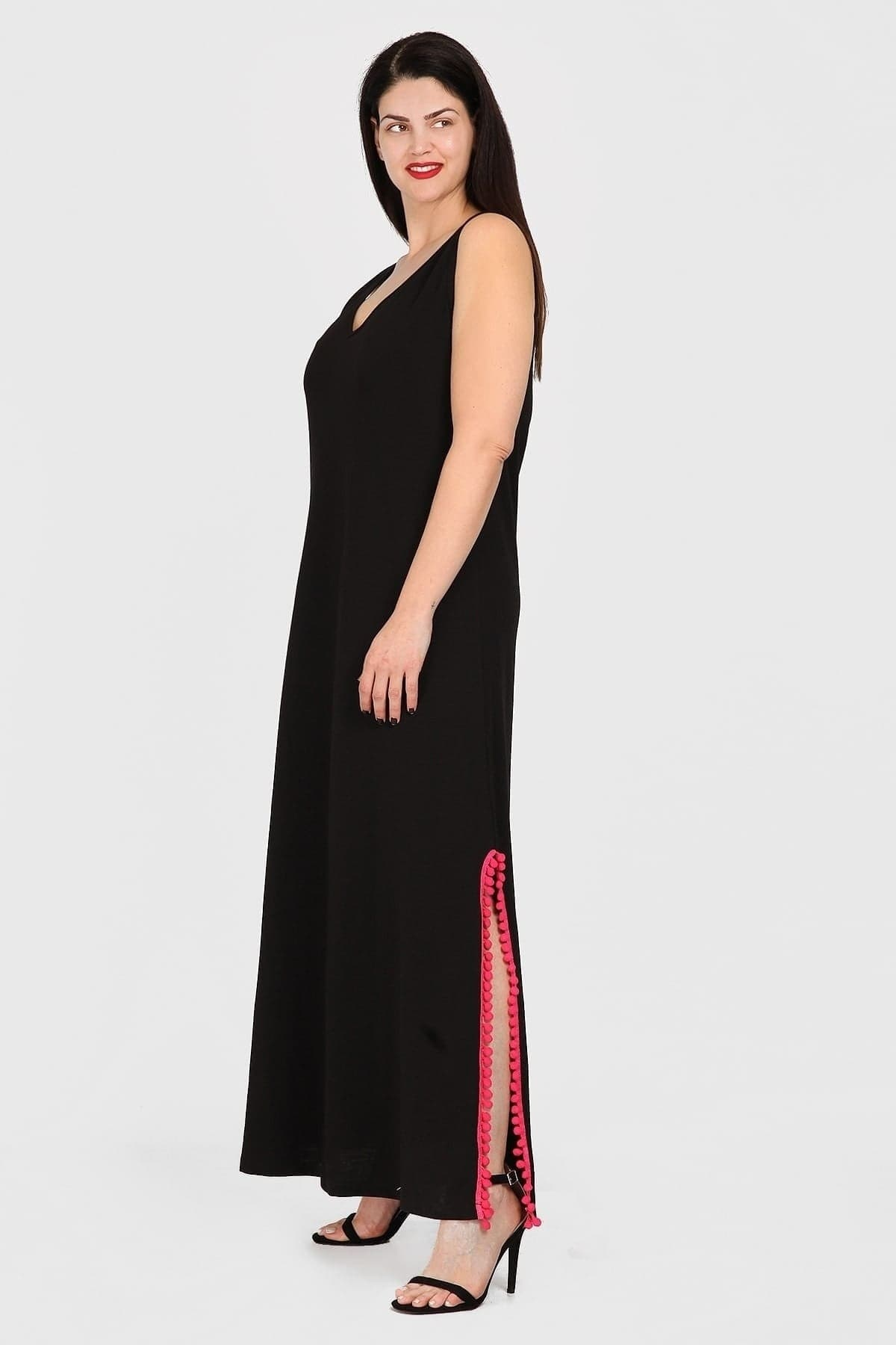 Sleeveless cotton maxi dress with pon pon