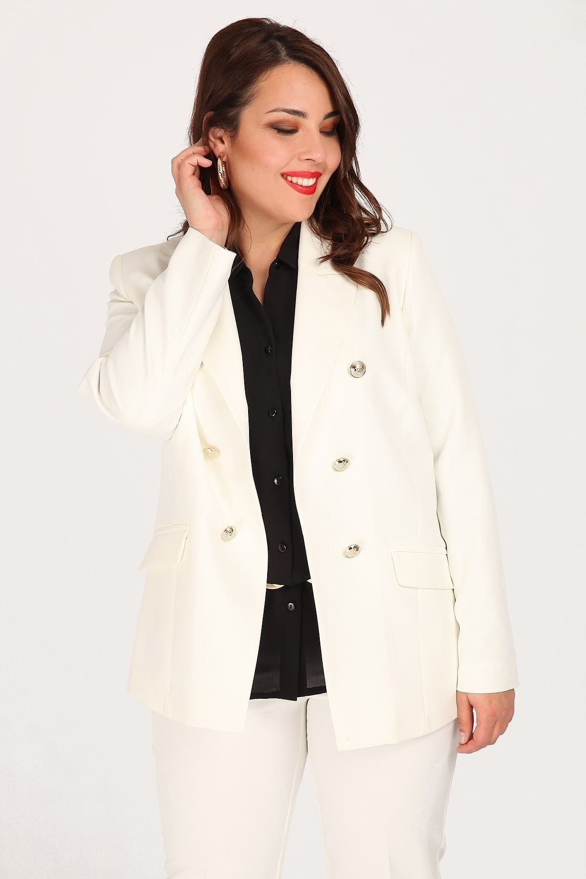 Tailored blazer with pockets