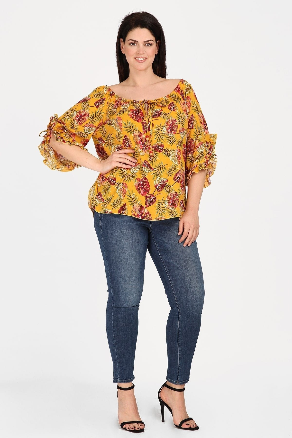 Floral blouse with beads