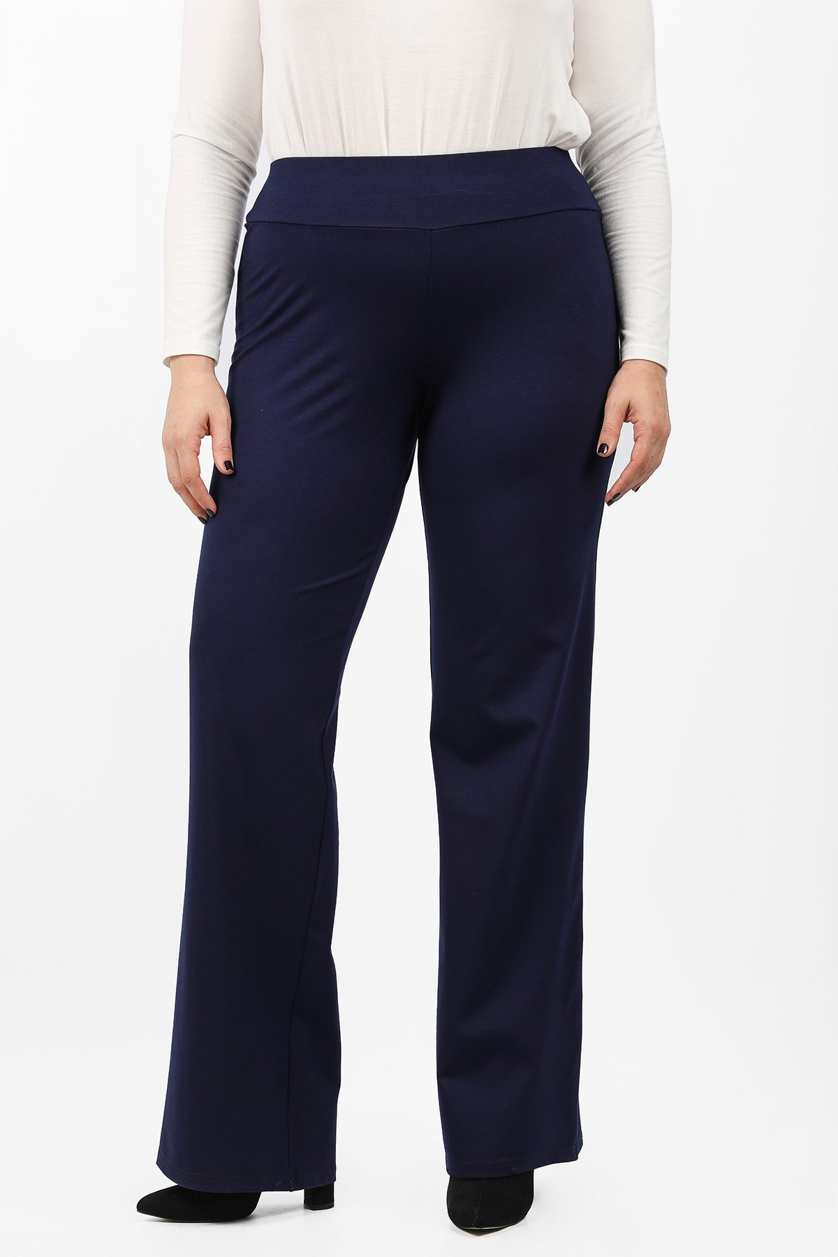 Wide leg trousers with elastic waistband