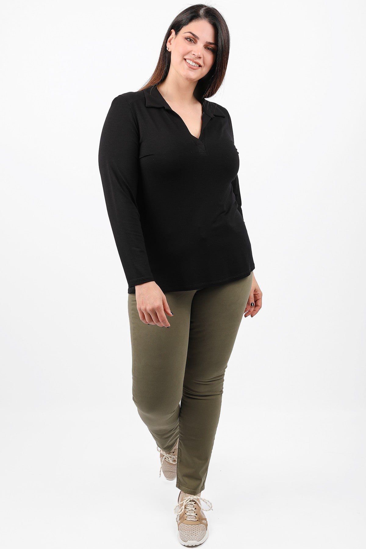 Basic blouse with colar neck