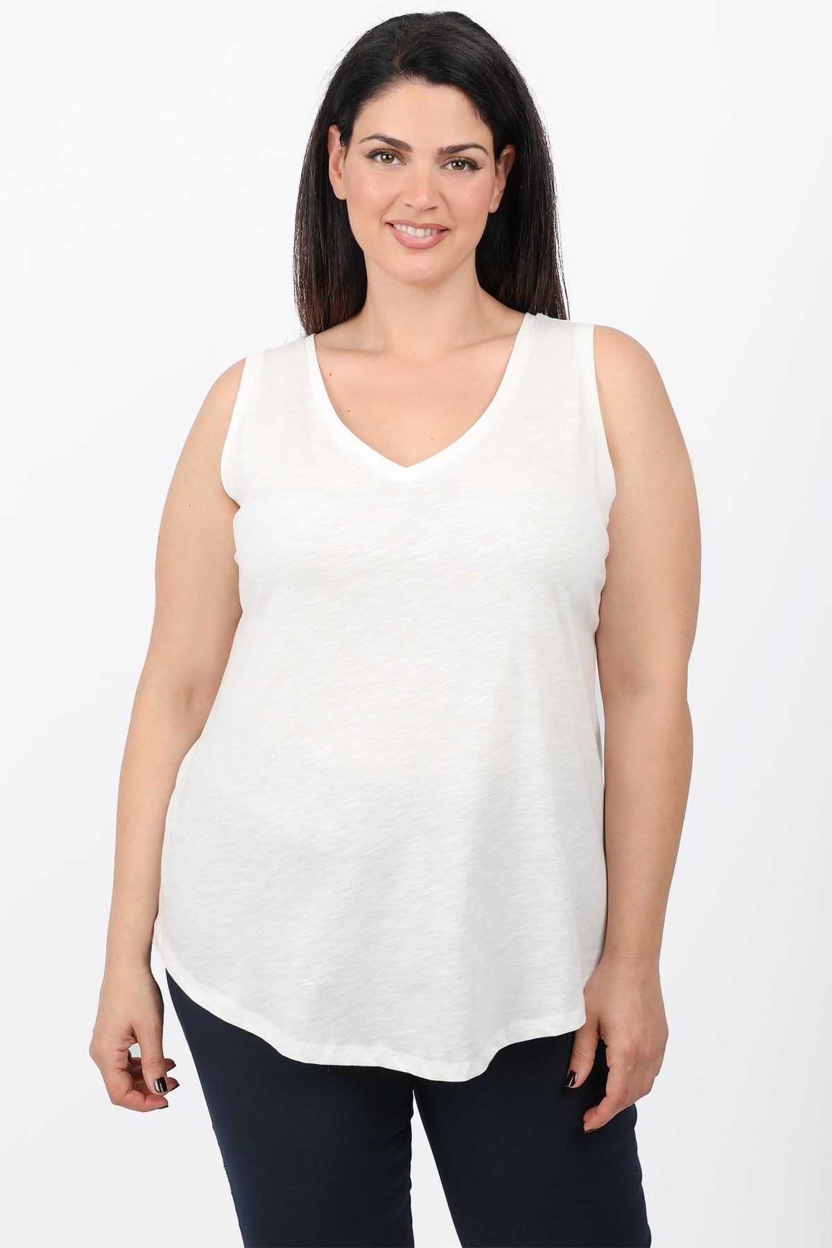 Sleeveless cottoned basic top
