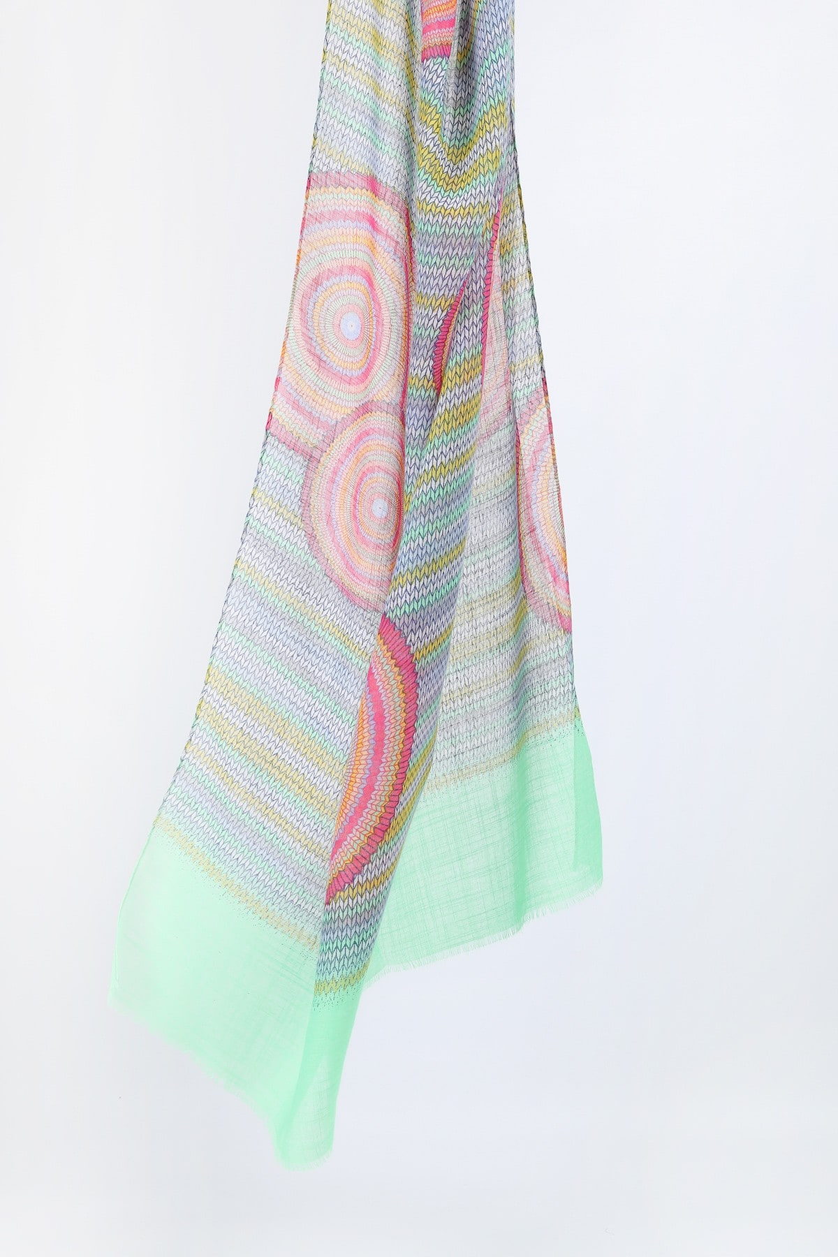 Printed scarf with circles