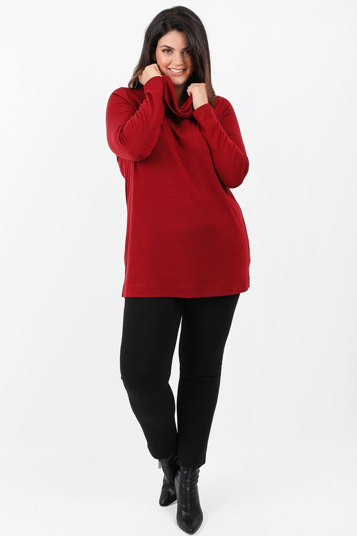 Knit roll-down neck blouse