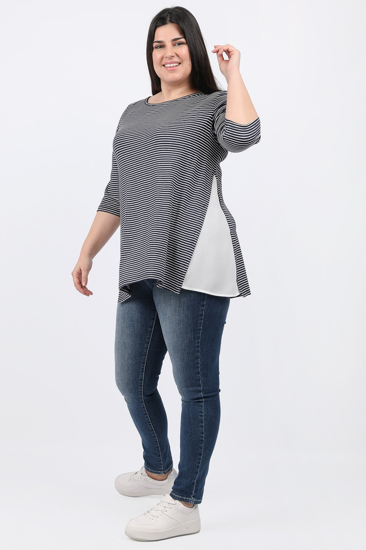 Stripe blouse with georgette hem
