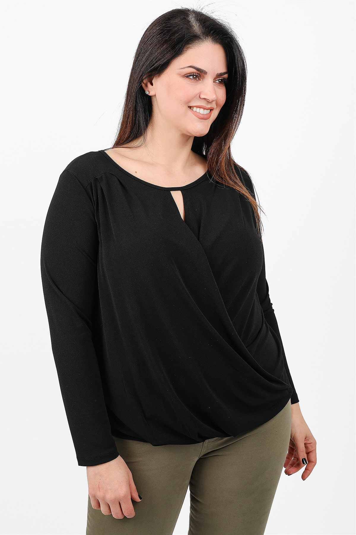 Wrap blouse with design on the V