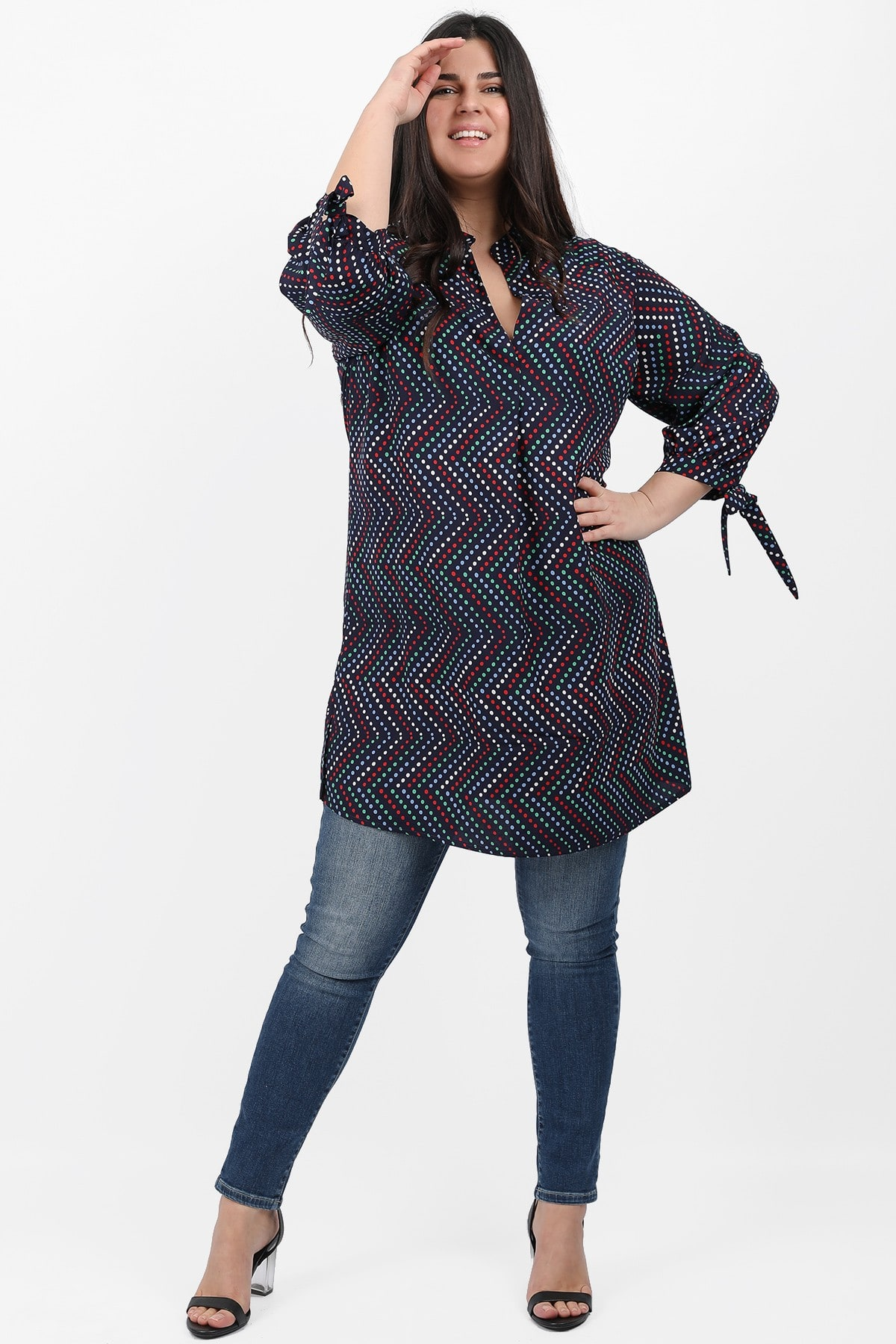 Tunic in colorblock dots print
