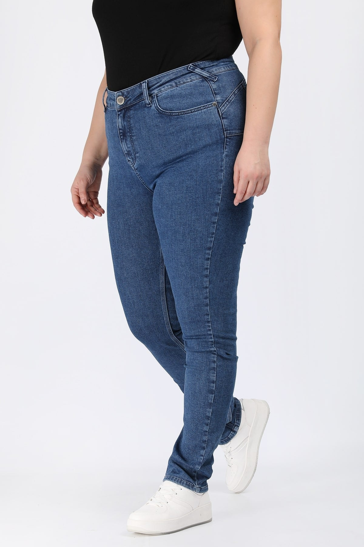 Push-up skinny fit denim trousers
