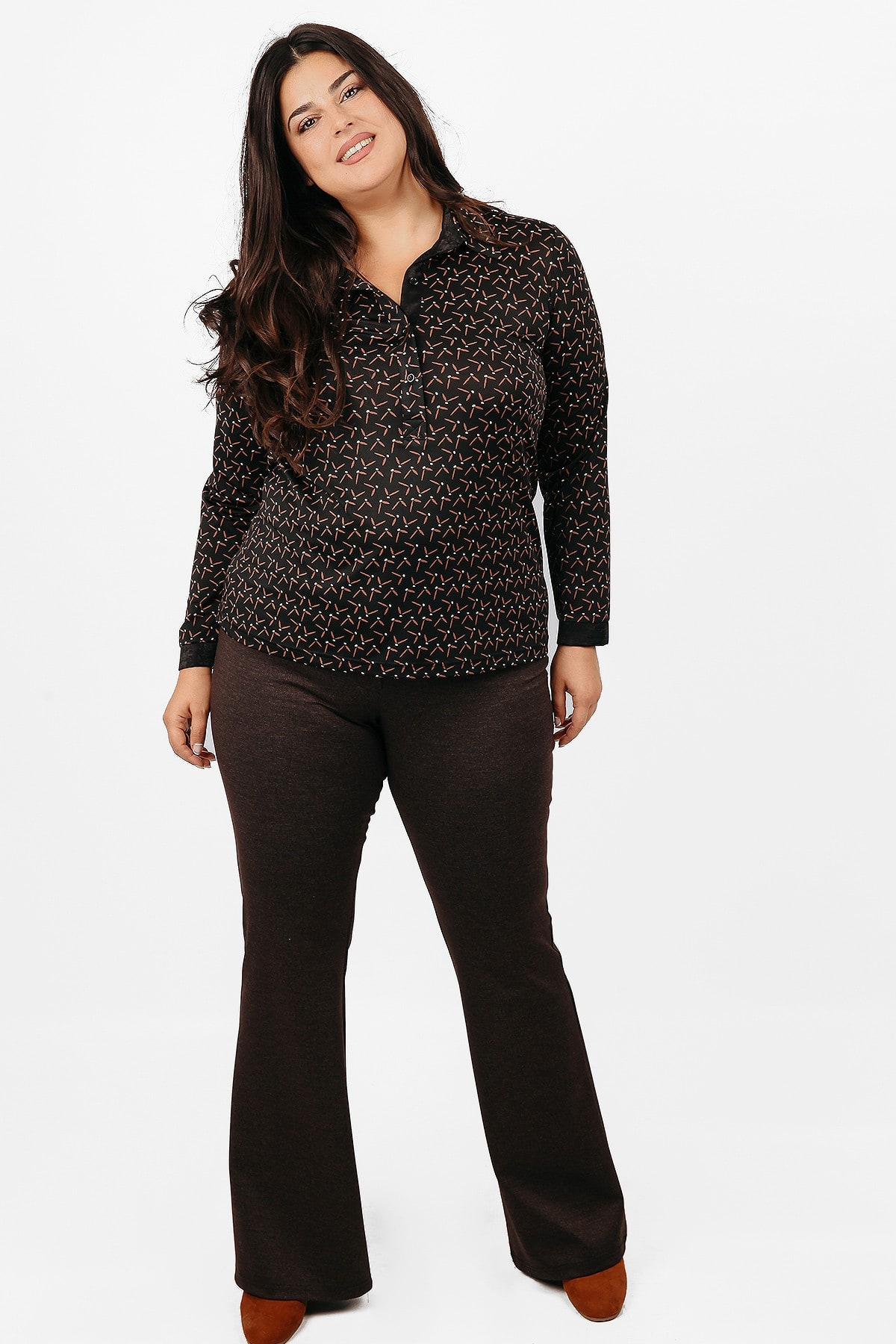 Flared punto roma trousers