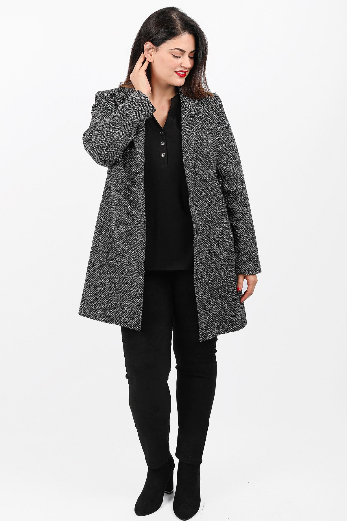 Midi coat in herringbone pattern