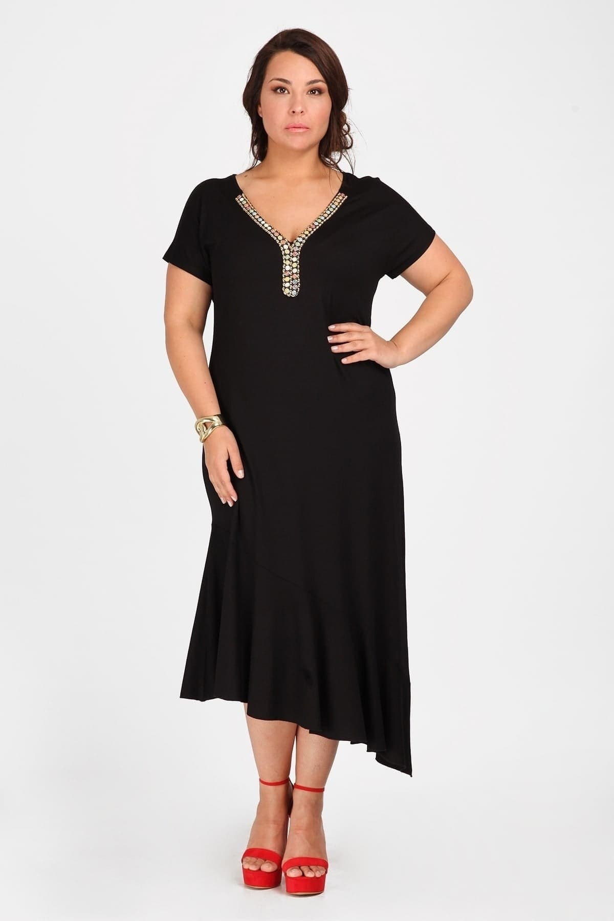 Ethnic dress with embroidery V