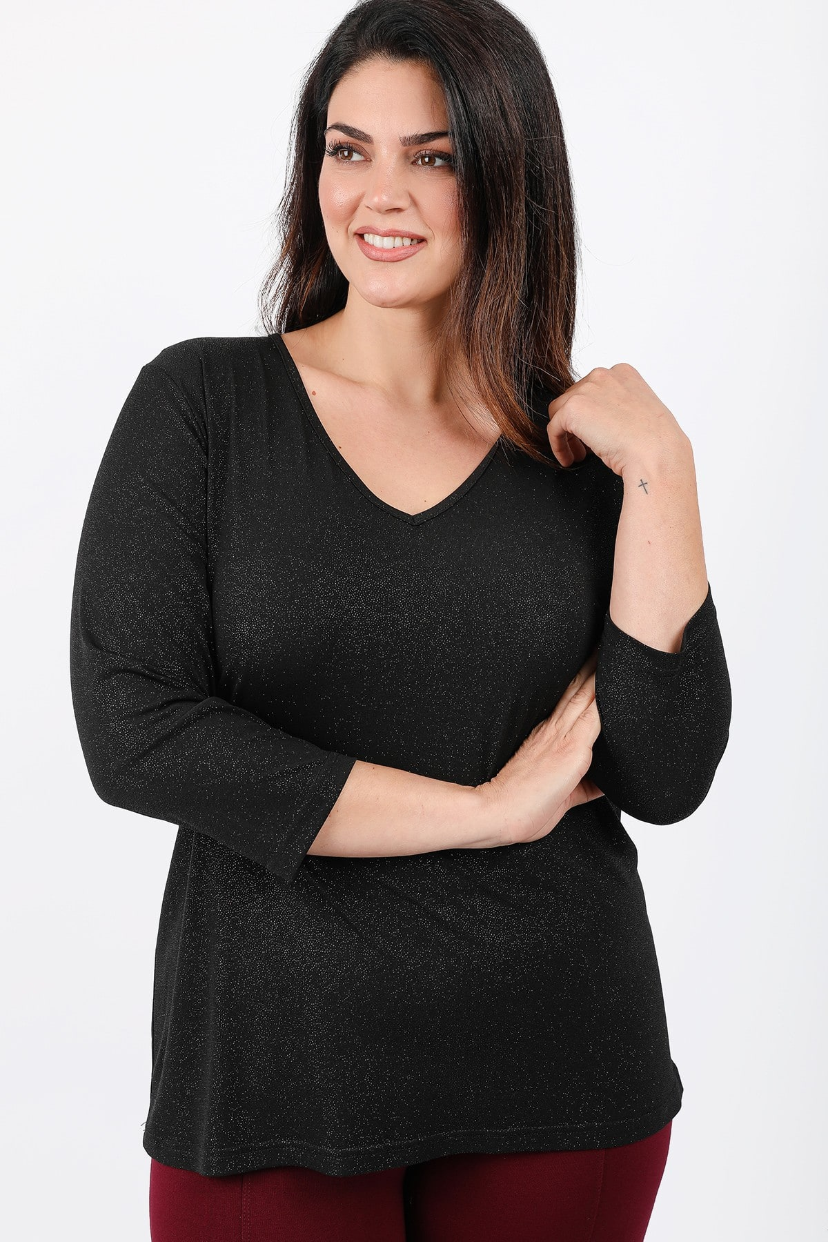 Lurex elastic blouse with V