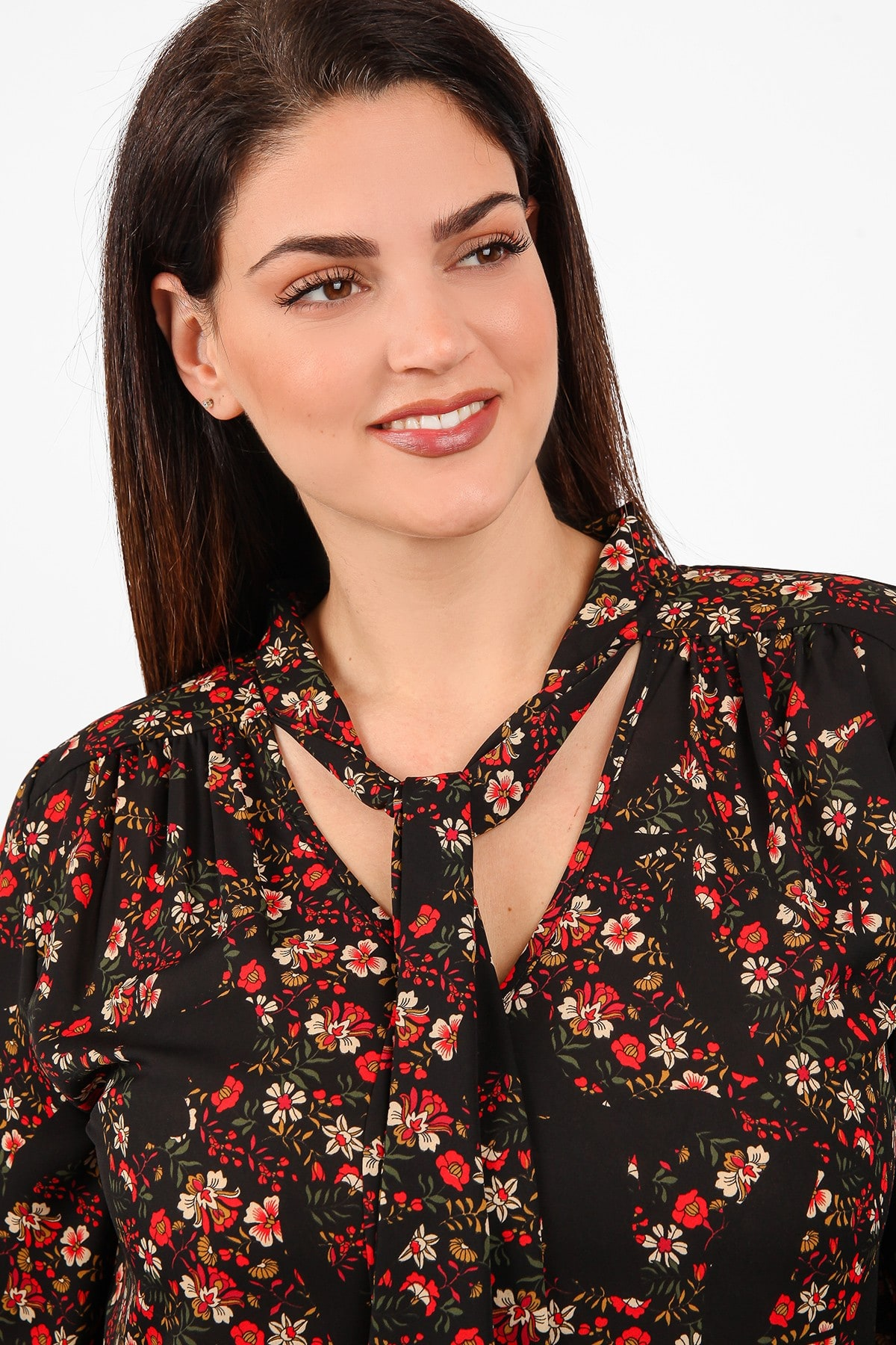 Floral shirt with embossed scarf
