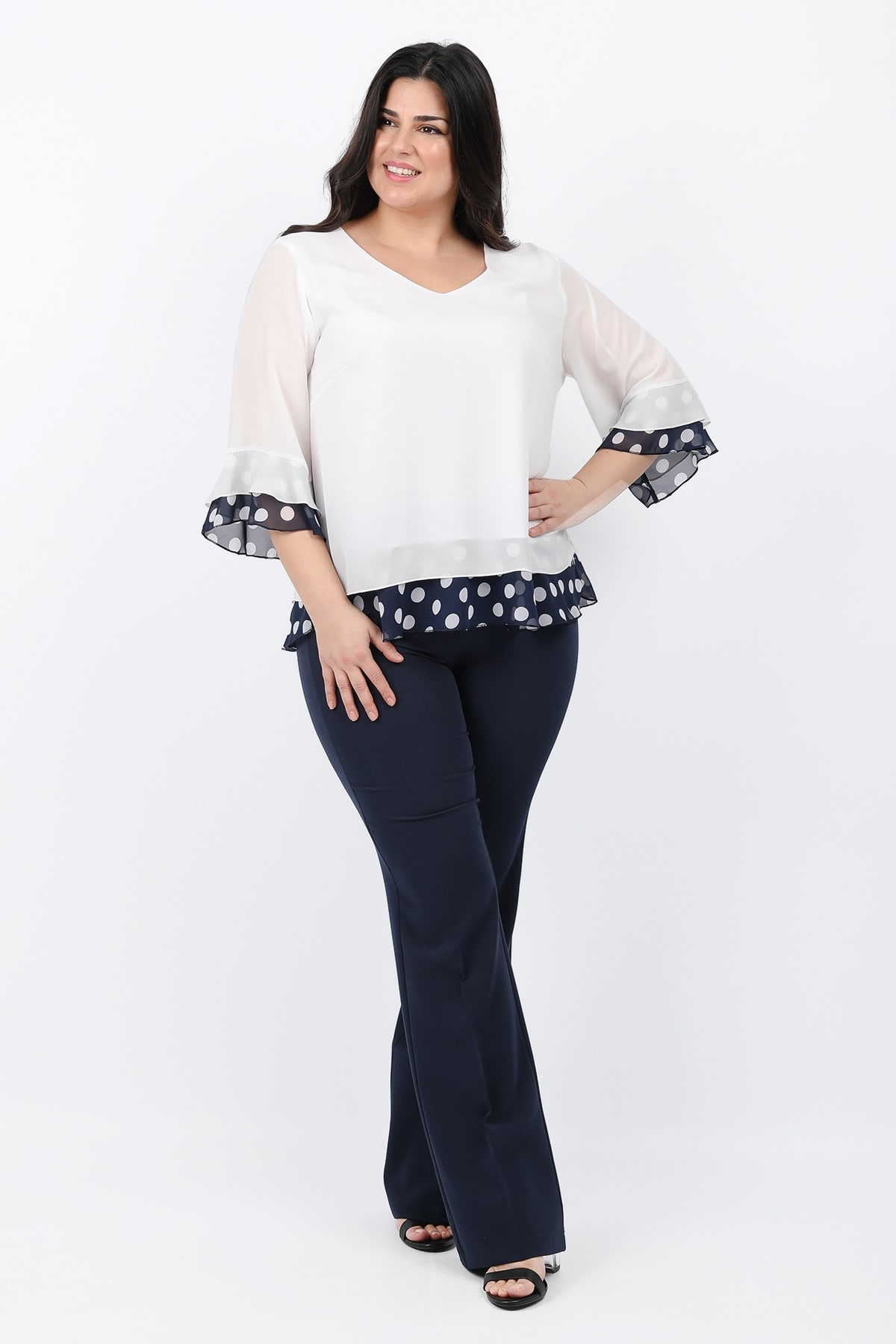 Shirtblouse with polka dots details