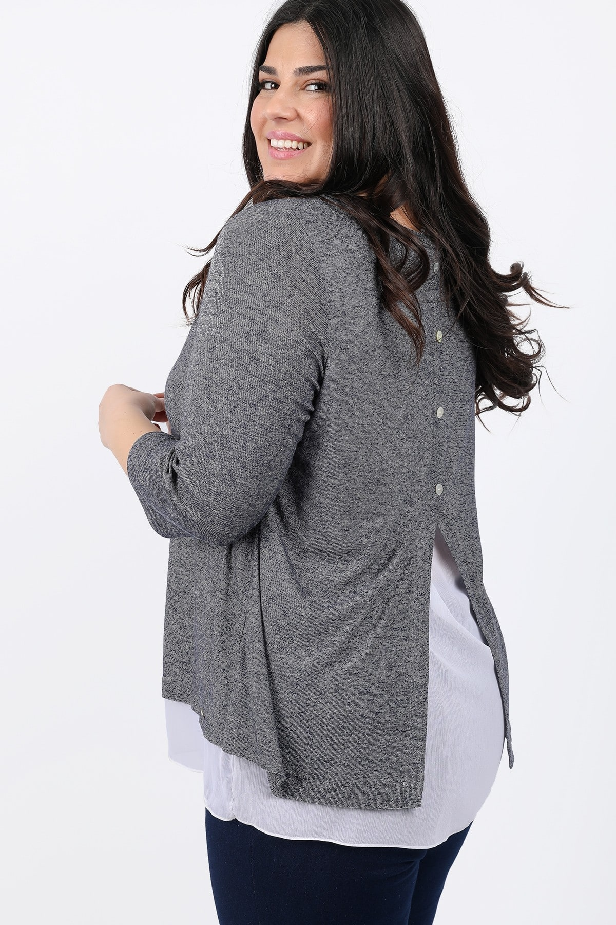 Knit blouse with shirt hem
