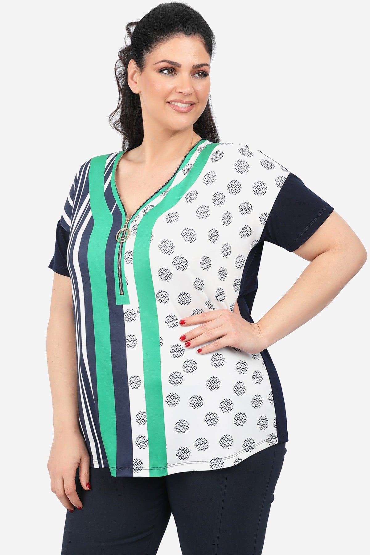 Printed blouse with zipper on the V