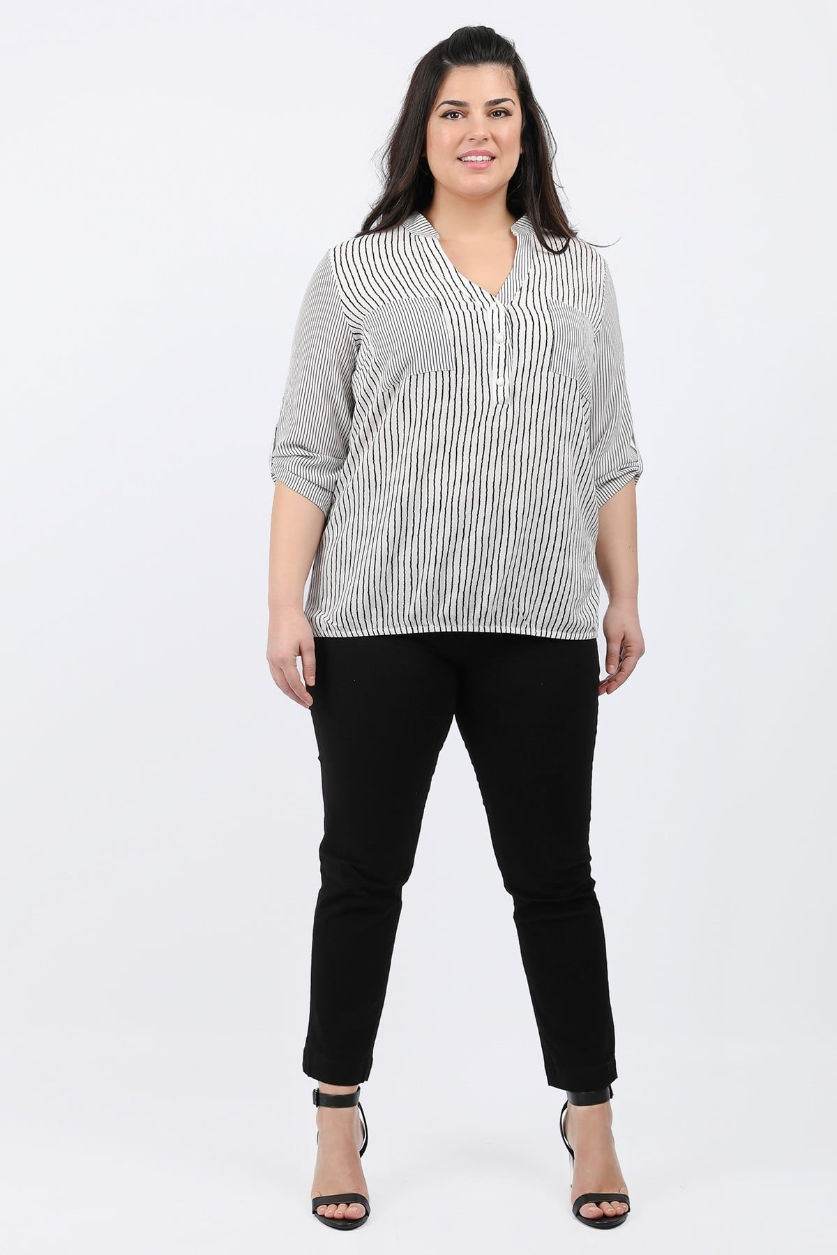 Striped shirtblouse with front pockets