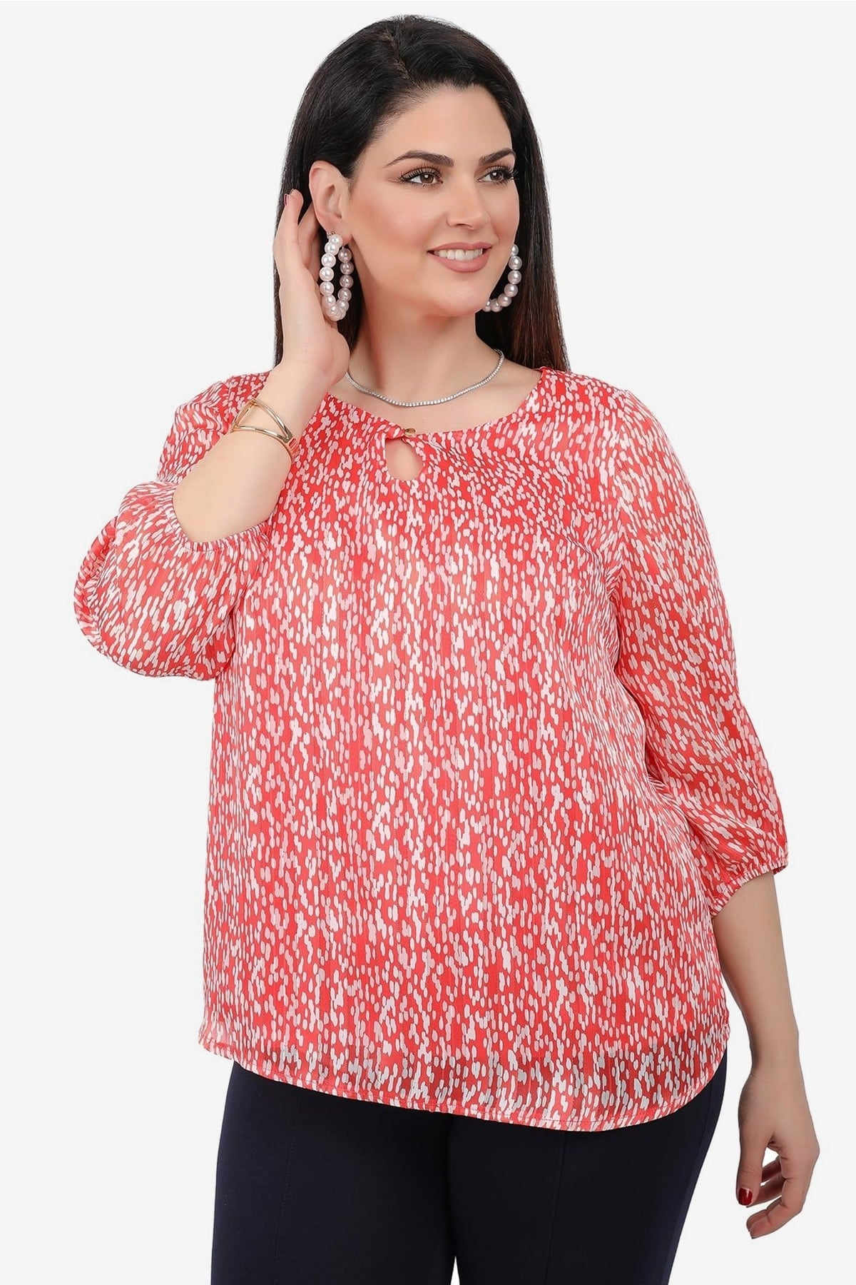 Printed blouse with button on the V