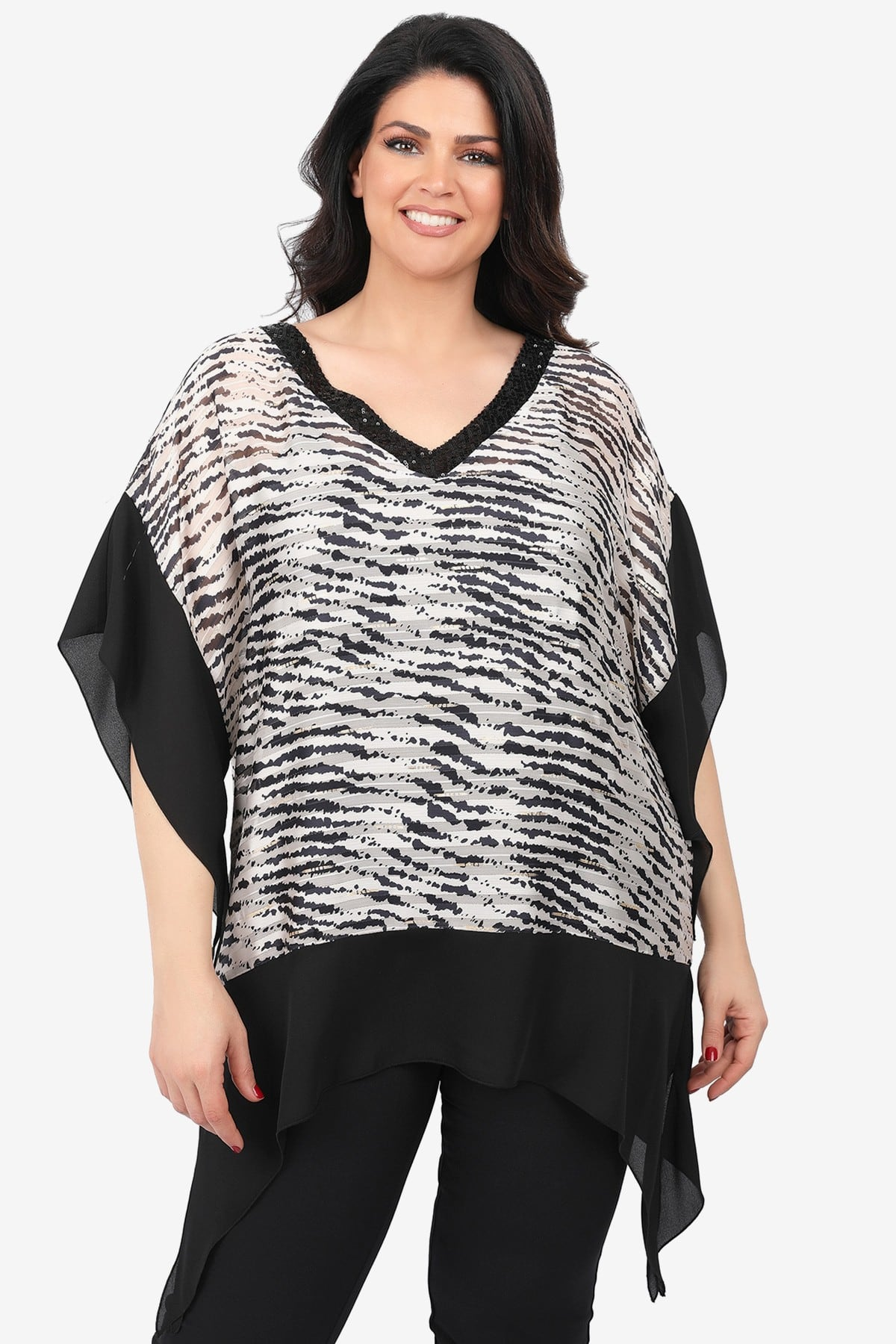 Georgette tunic in tiger print with sheer hem