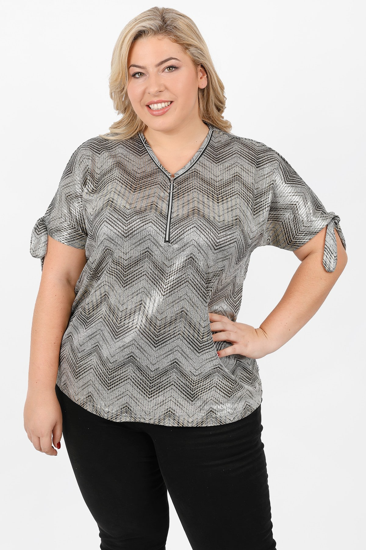 Printed foil blouse with ties and zipper on V