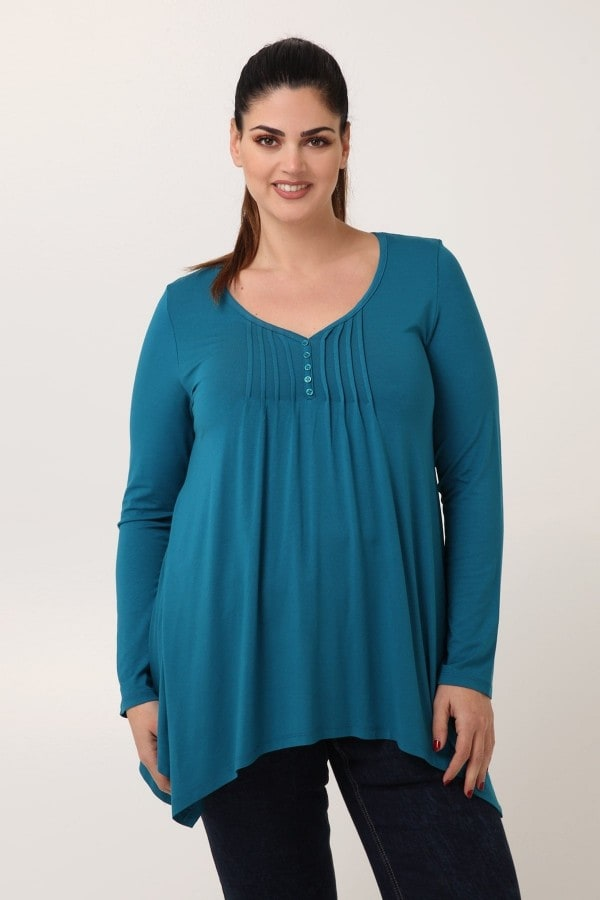 Blouse with buttons  pleated asymmetric hem