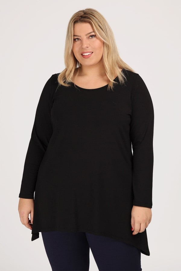 Basic top with pointed hems from viscose