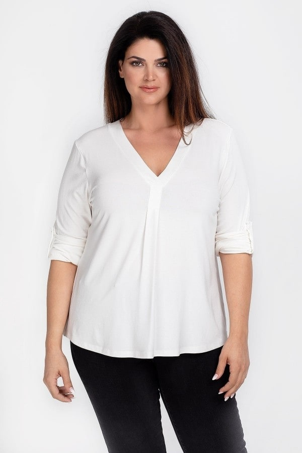 Basic blouse with pleat on the front