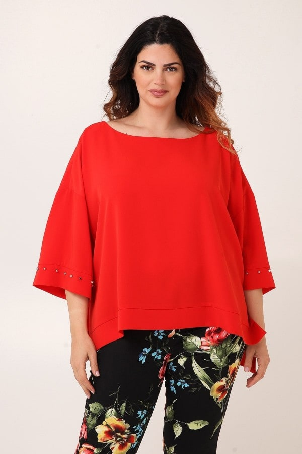 Evening loose fit top with studs