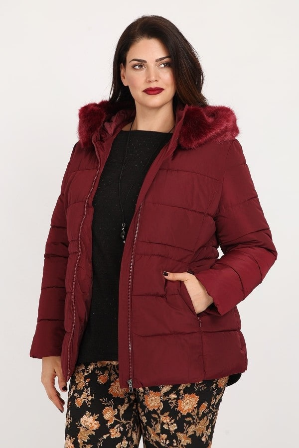 Puffer jacket with faux fur