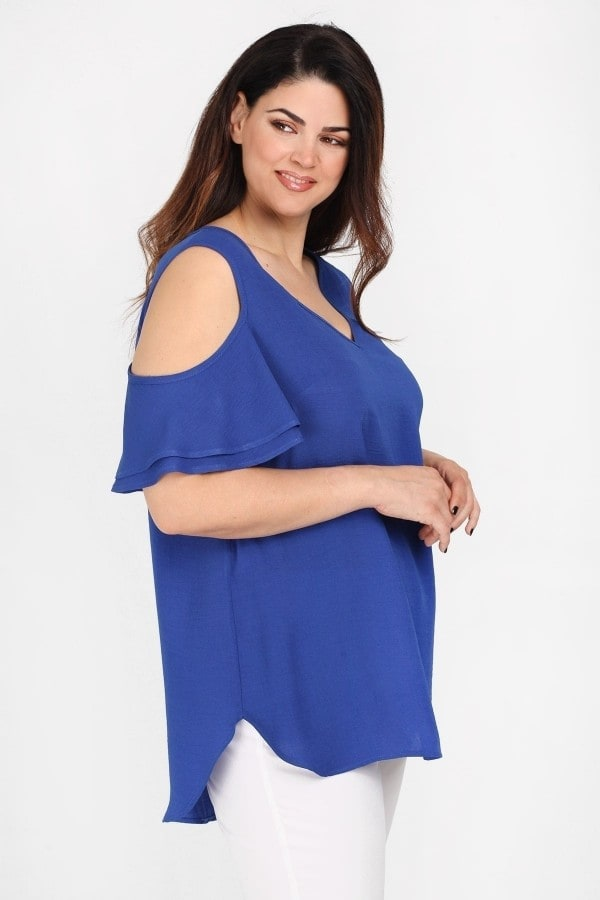 Cold-shoulder top with volante