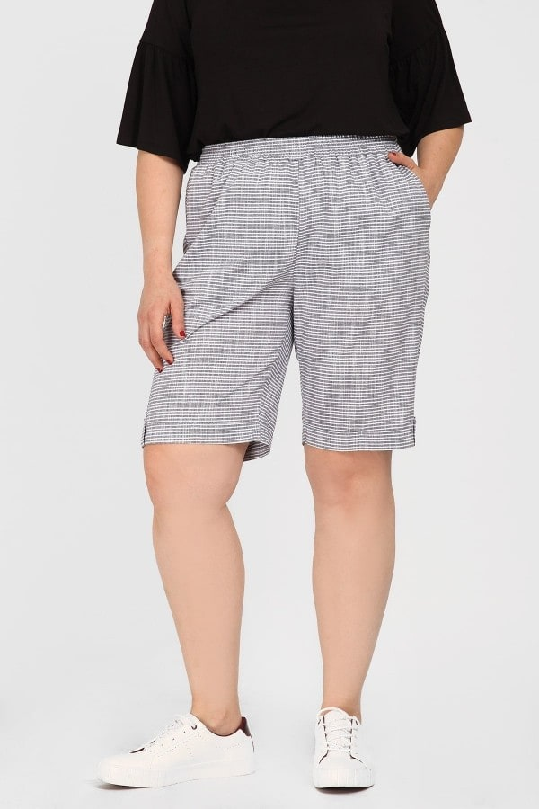 Linen stripe bermuda shorts with turn ups