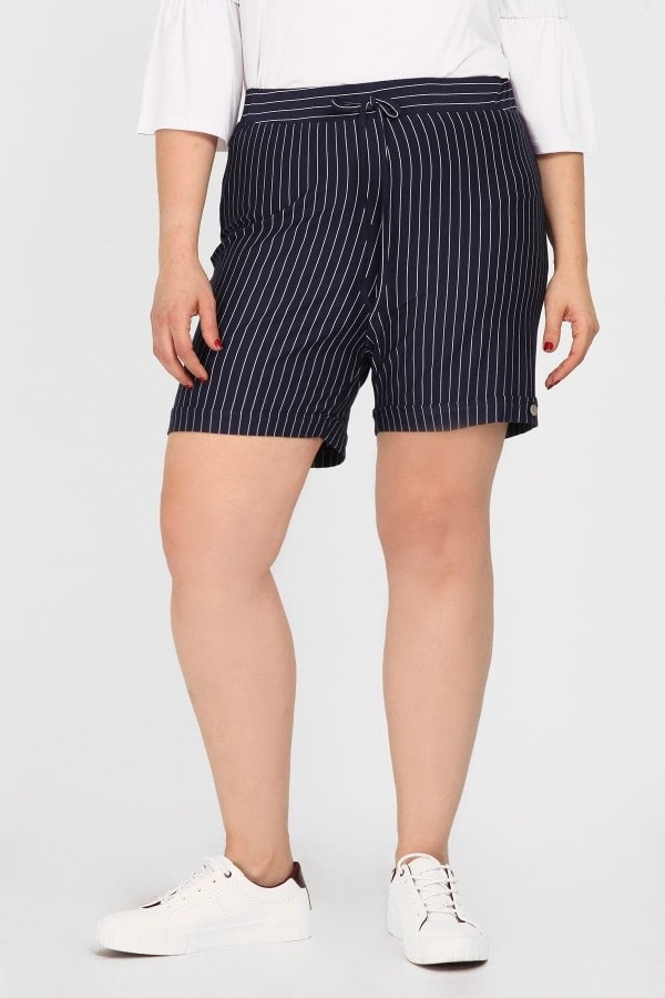 Striped viscose shorts