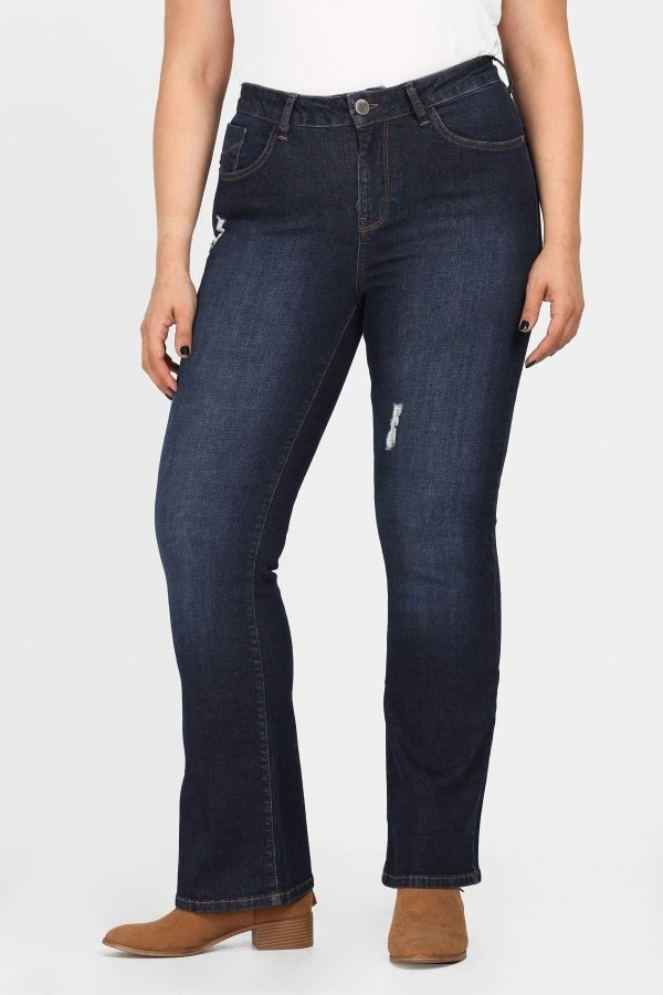 Βlue jeans with small flare