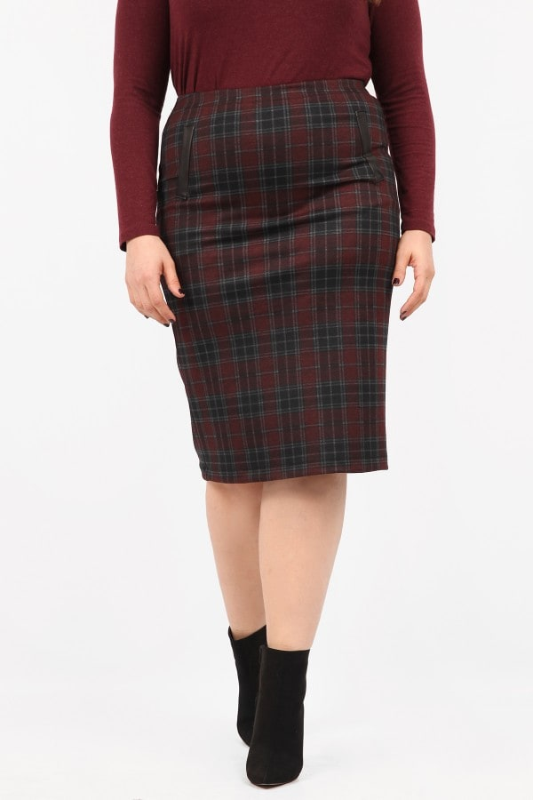 Midi checkered pencil skirt with leather like details