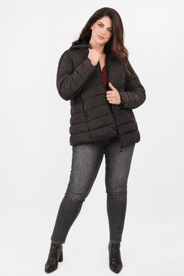 Puffer jacket with faux fur on the neck