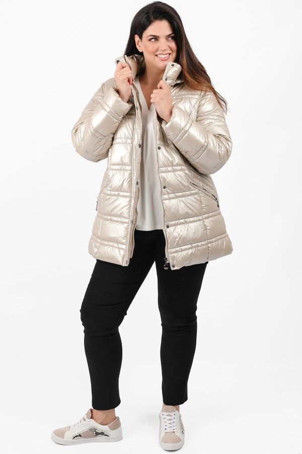 Hooded metallic puffer jacket