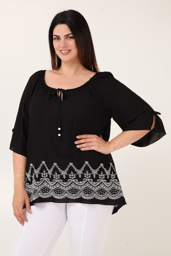 Viscose blouse with floral embroidery