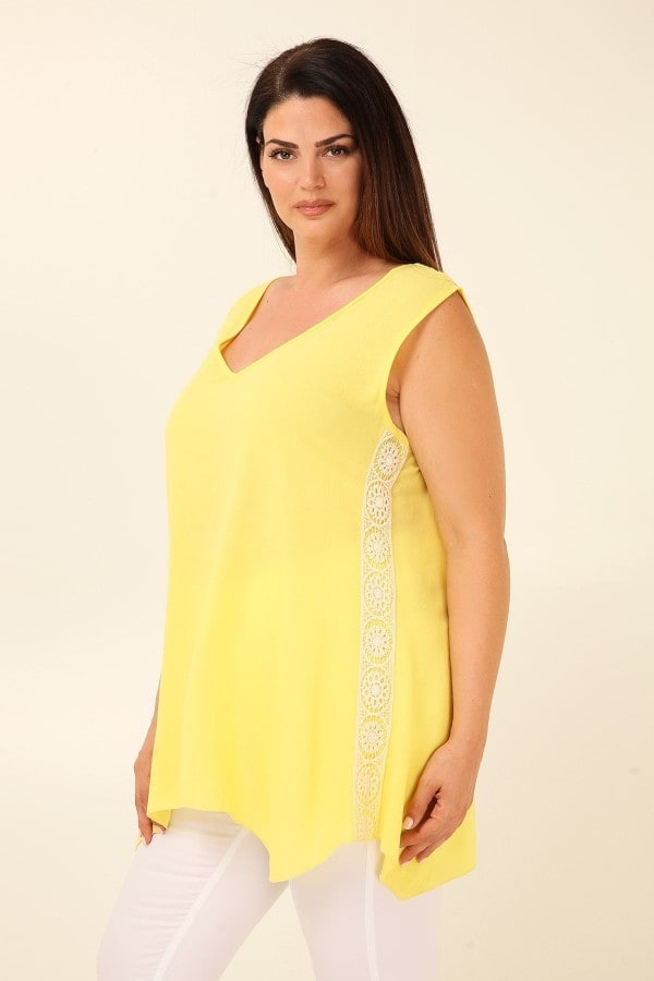 Viscose sleeveless top with crochet side stripes
