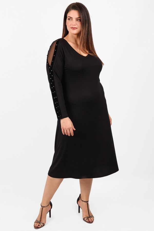 Midi dress with mesh and studs on the shoulders