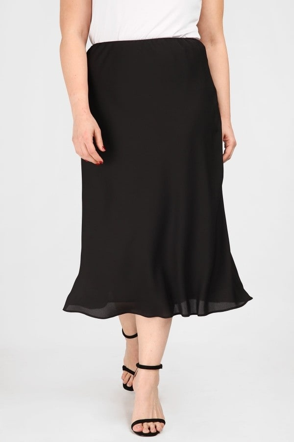 Asymmetrical skirt in A line