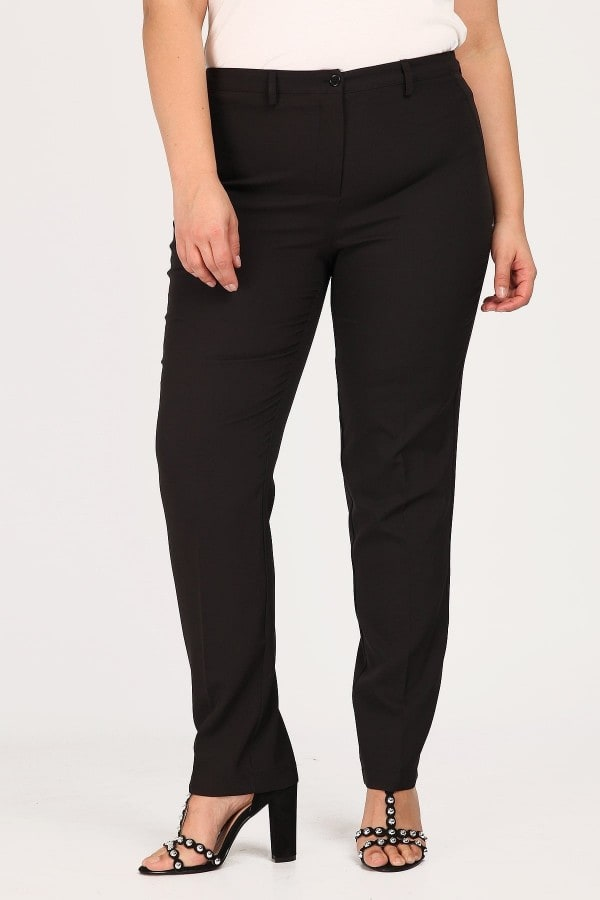 Trousers in straight line