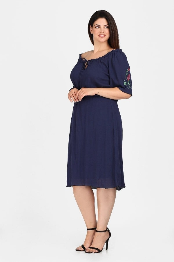 Embroidery off-shoulder midi dress